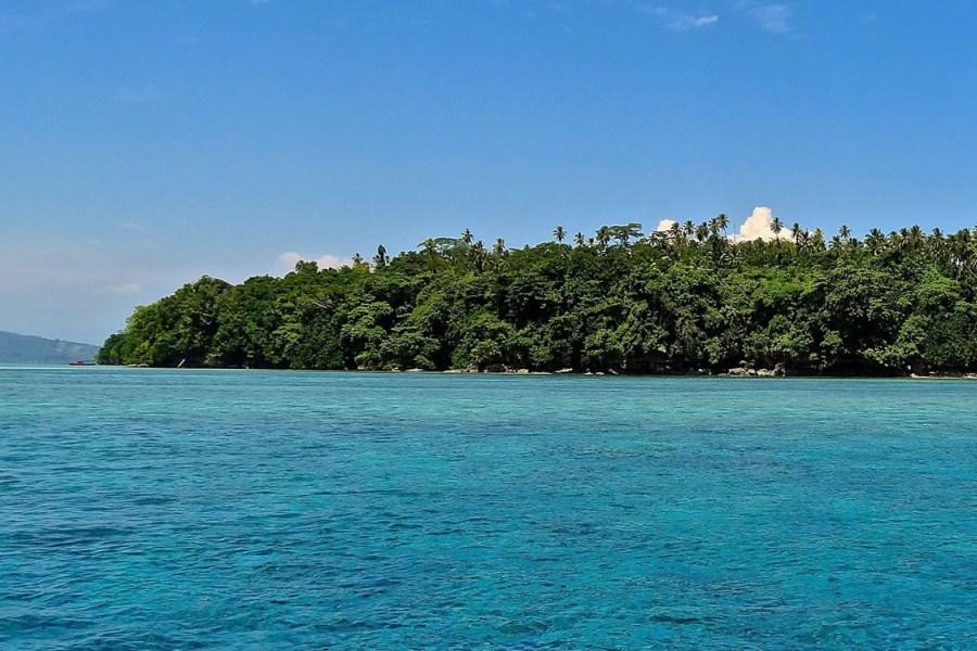 Siladen Pulau Cantik Tersembunyi Manado Kota