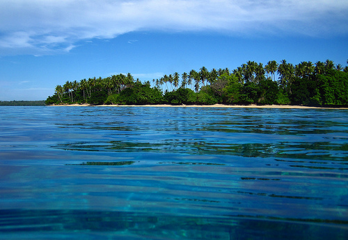 Taman Laut Siladen Kota Manado Nyaman Damai Keindahan Pulau