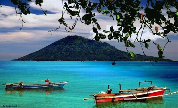 Wisata Pulau Bunaken Manado Indonesia Explorer Taman Laut Kota