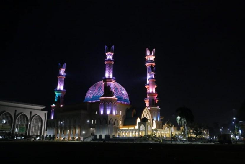 5 500 Masjid Berdiri Ntb Republika Online Hubbul Wathan Kompleks