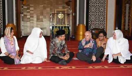 Dubes Kunjungi Masjid Islamic Center Ntb Duta Besar Amerika Serikat
