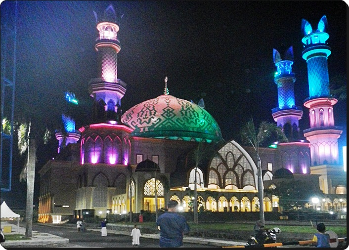 Indahnya Ramadan 1438 Pesona 1000 Masjid Lombok Aseanis Hubbul Wathan