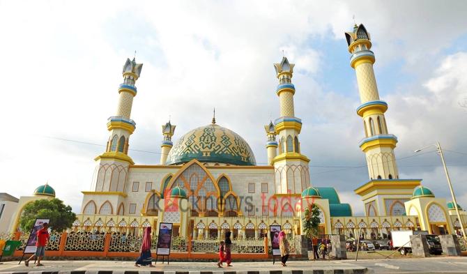 Lebaran Mataram Pawai Takbir Solat Ied Pindah Fokus Islamic Center