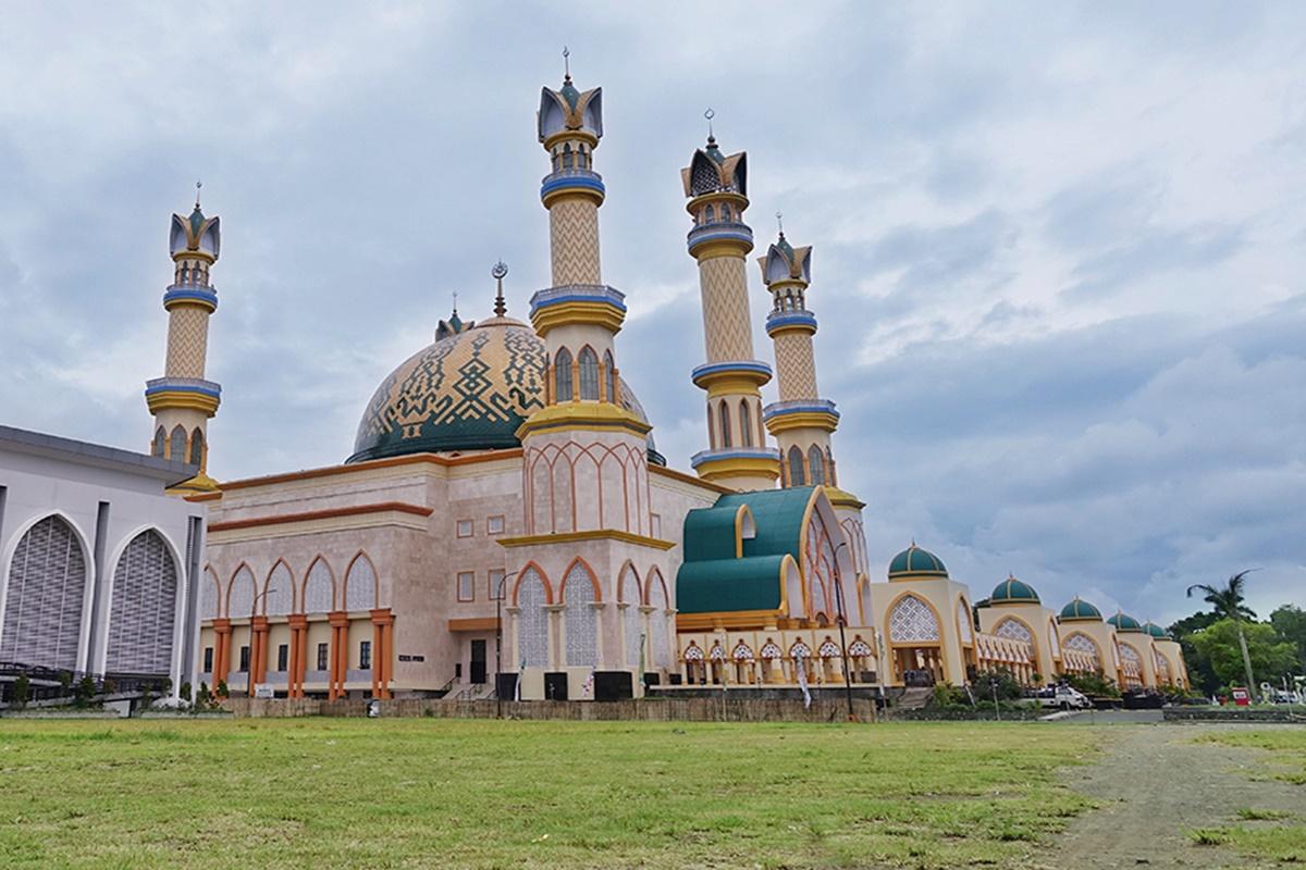Masjid Hubbul Wathan Islamic Center Apw Magazine Mataram Raya Centre