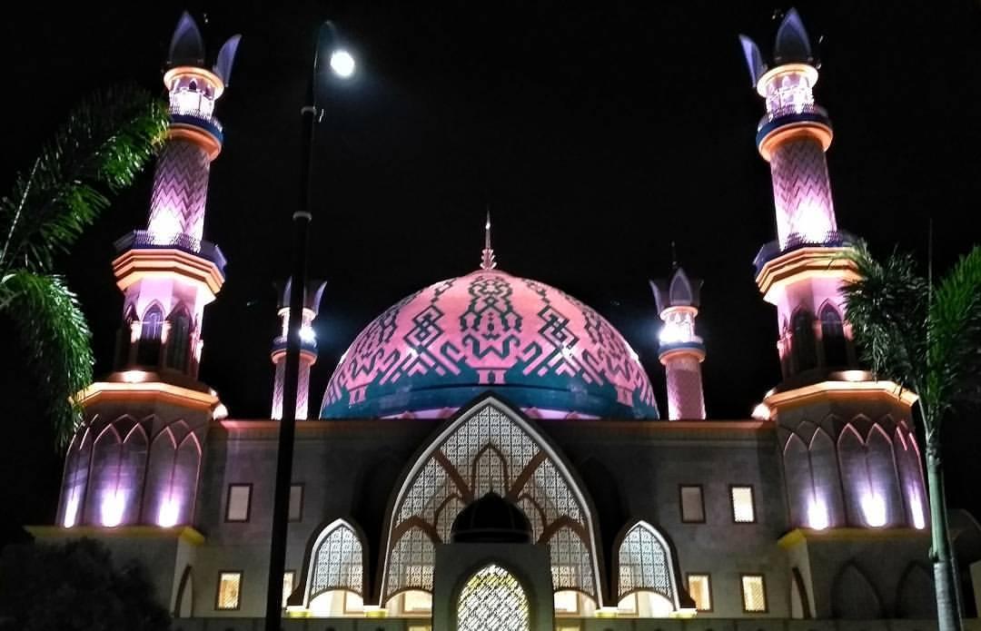 Masjid Hubbul Wathan Islamic Center Ntb Raya Centre Kota Mataram