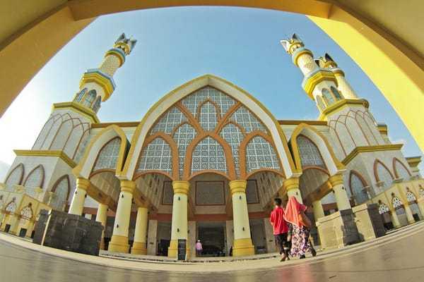 Masjid Hubbul Wathan Simbol Cinta Tanah Air Agama Oleh Kurnia