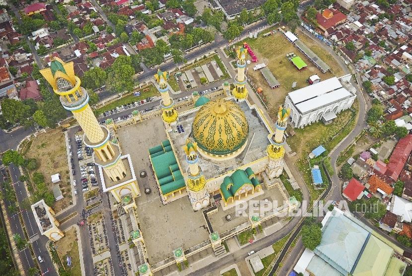 Persiapan Shalat Ied Masjid Terbesar Ntb Foto Kawasan Hubbul Wathan