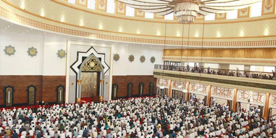 Resmi Dibuka Masjid Ic Hubbul Wathan Disesaki Penuh Jamaah Sholat