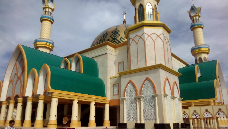 Sejuta Pesona Ramadhan Masjid Hubbul Wathan Islamic Centre Ntb Dewan