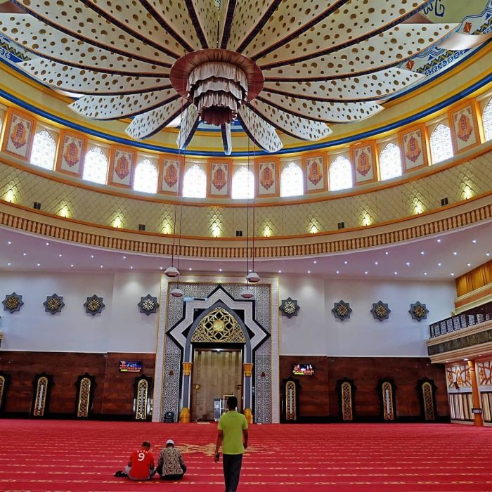 Wisata Religi Masjid Islamic Center Mataram Nusa Tenggara Barat Bagian