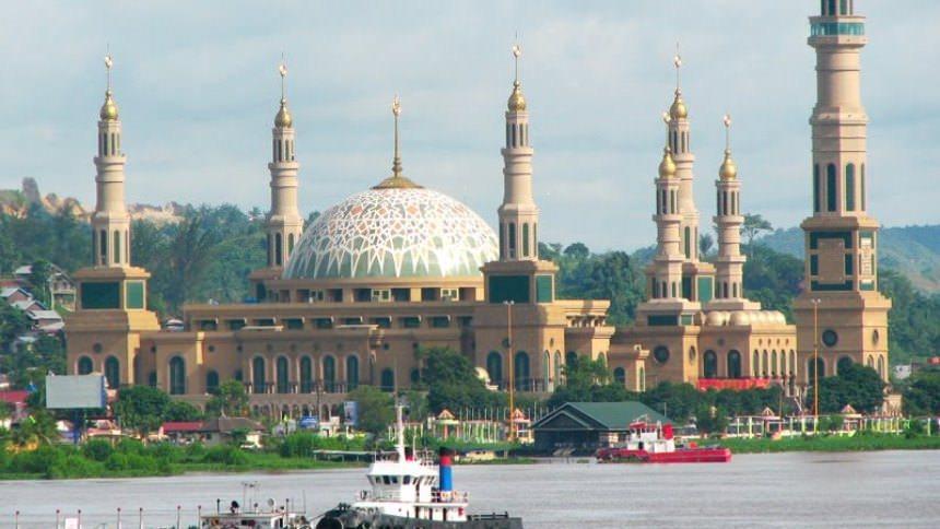 8 Wisata Bersejarah Mataram Siap Menjadi Background Instagrammu Masjid Islamic