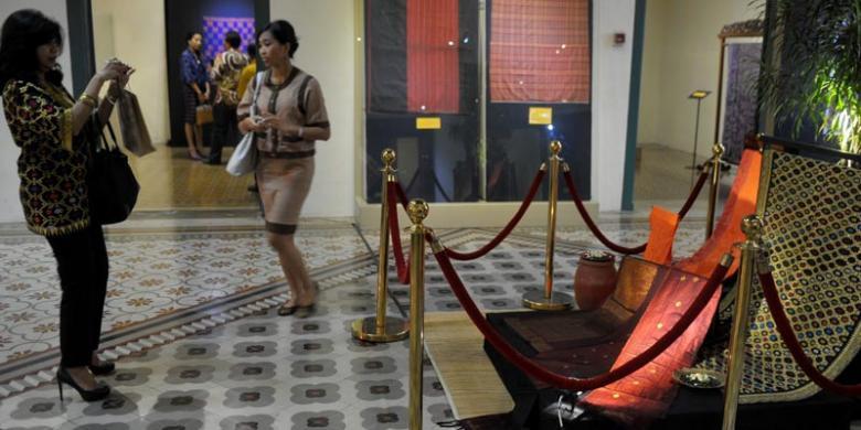 Lombok Sumbawa Inafact 2014 Promosikan Pariwisata Ntb Kompas Beragam Tenun