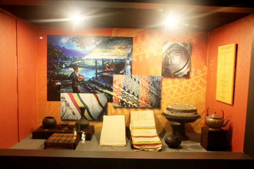 Menambah Wawasan Museum Negeri Nusa Tenggara Barat Lombok Kain Tembikar