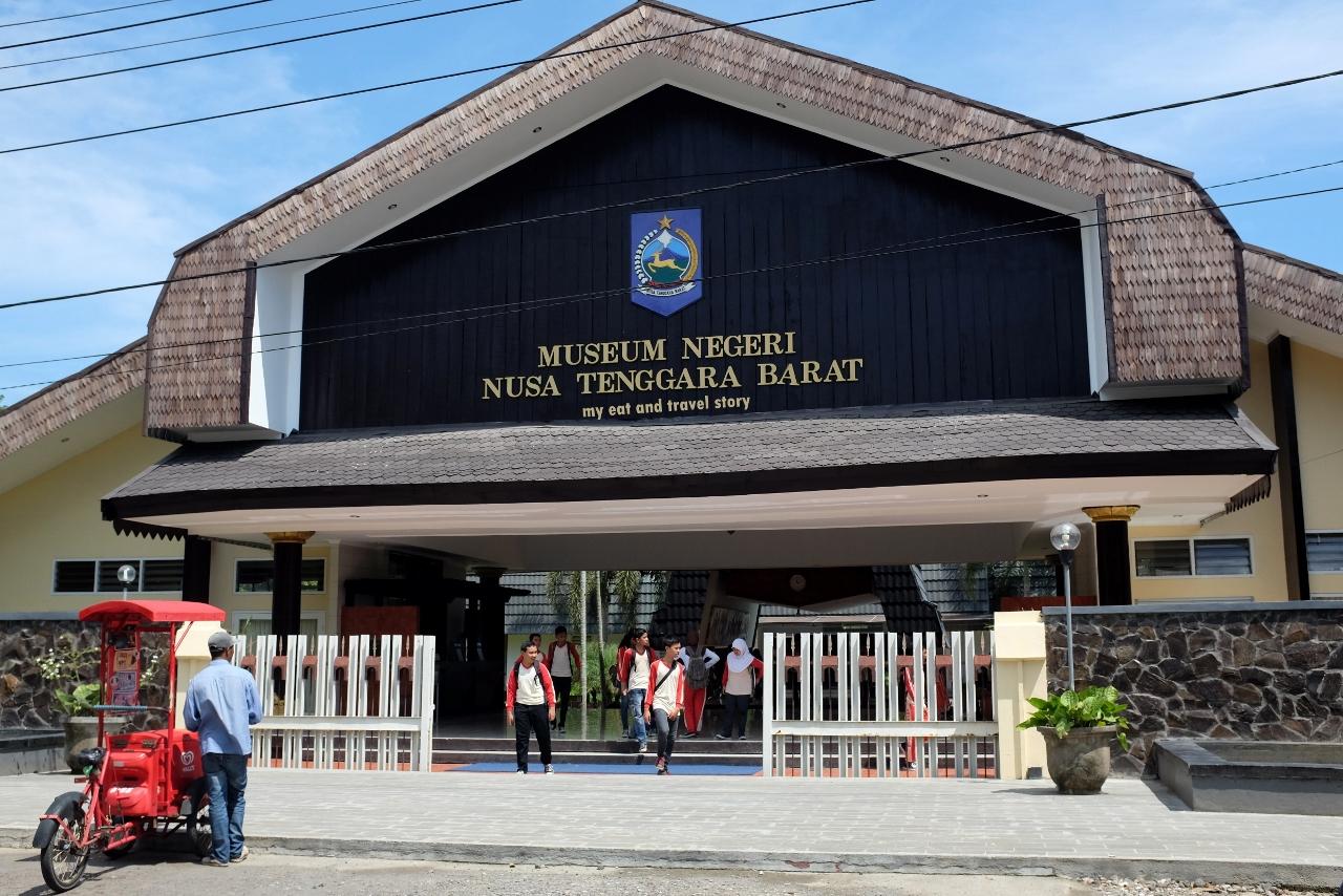 Mengunjungi Museum Negeri Ntb Mataram Eat Travel Story Food Place