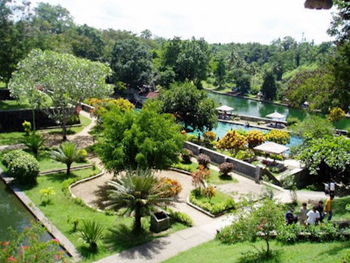 Beautiful Bali Lombok Taman Narmada Pura Agung Kota Mataram