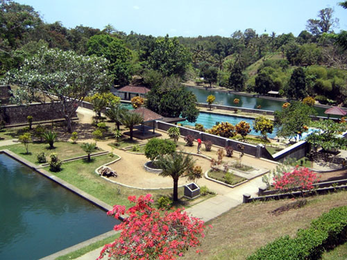 Narmada Park Lombok Paradise Pura Agung Kota Mataram