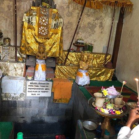 Pura Agung Narmada Mataram 2018 Kota