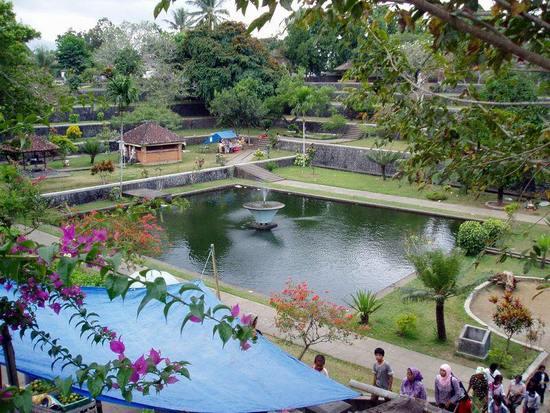 Wisata Lombok Bukan Senggigi Lho Ifa Avianty Works Taman Narmada