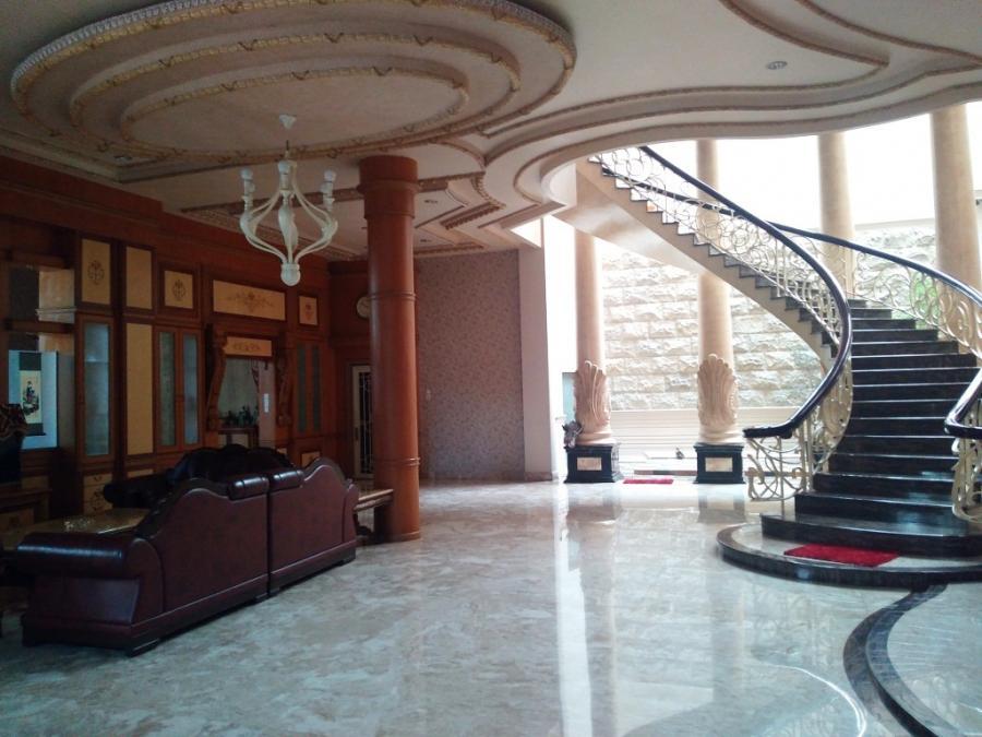 Rumah Dijual Mewah Megah Hook Cluster Utama Cemara Asri Medan