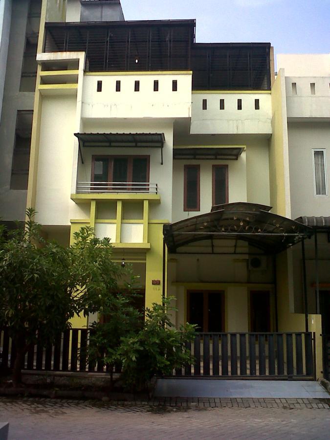 Rumah Dijual Perumahan Komplek Cemara Asri Kota Medan