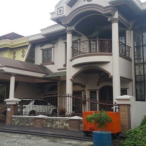 Villa Dijual Komplek Cemara Asri Jalan Melati Rumah Medan Image