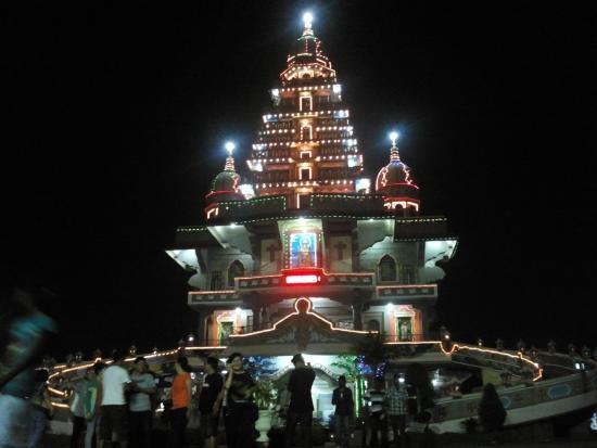 Gereja Santa Maria Annai Velangkani Waktu Malam Picture Marian Shrine
