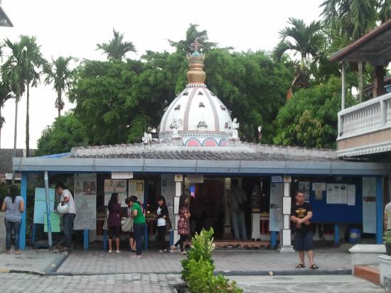 Kapel Doa Wilayah Gereja Santa Maria Annai Velangkani Foto Graha