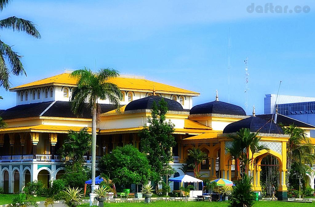 Istana Maimun Daftar Foto Ikon Kota Medan