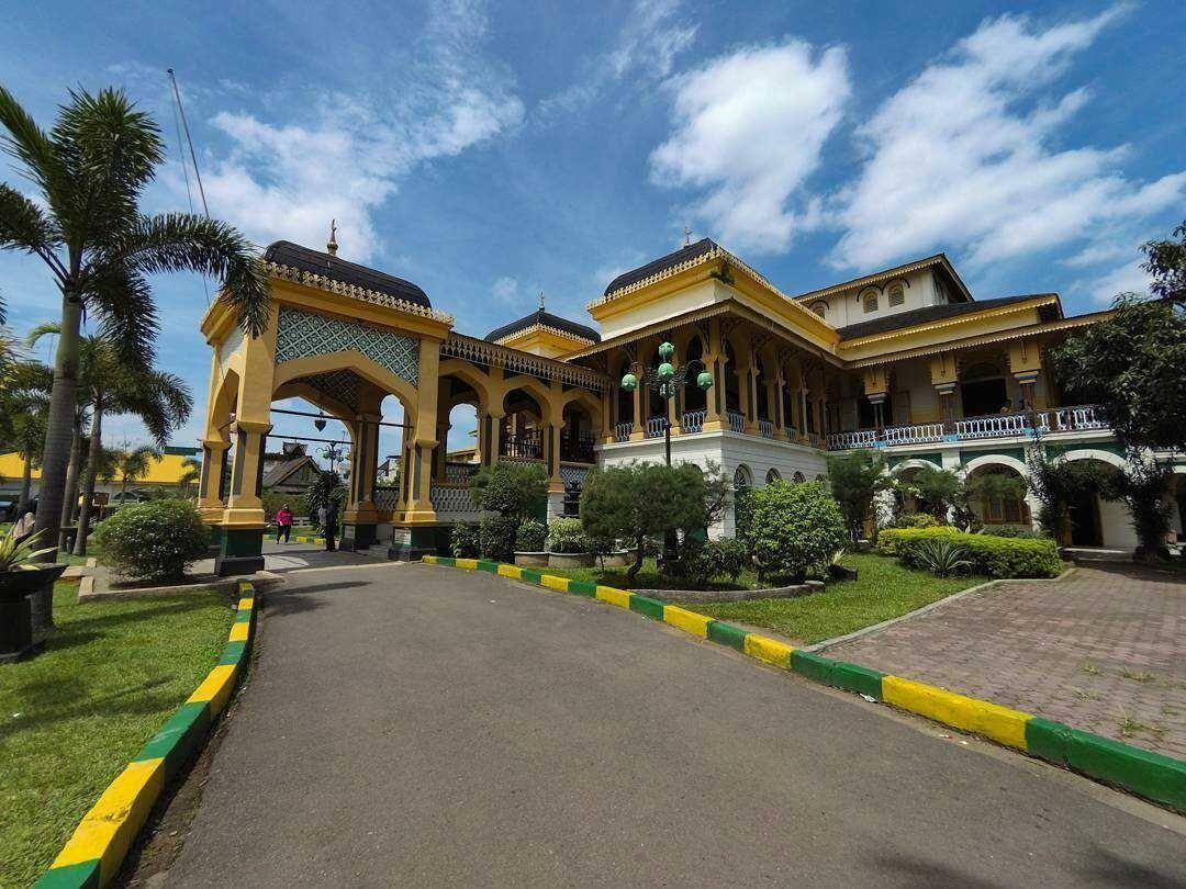 Istana Maimun Kota Medan Steemit Image