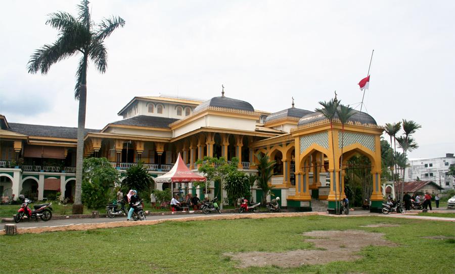 Istana Maimun Medan Indonesia Skyscrapercity Kota