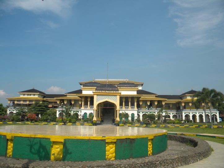 Istana Maimun Salah Satu Objek Wisata Kota Medan Provinsi Sumatera