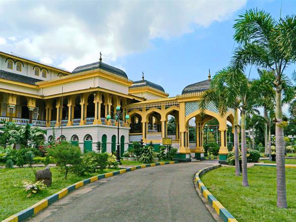 Maimun Palace Grand Swiss Belhotel Medan Istana Kota