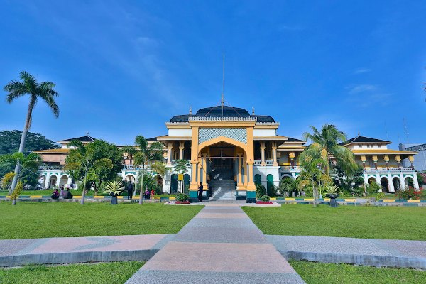 Menelusuri Kemegahan Istana Maimun Medan 103 8 Fm Brava Radio