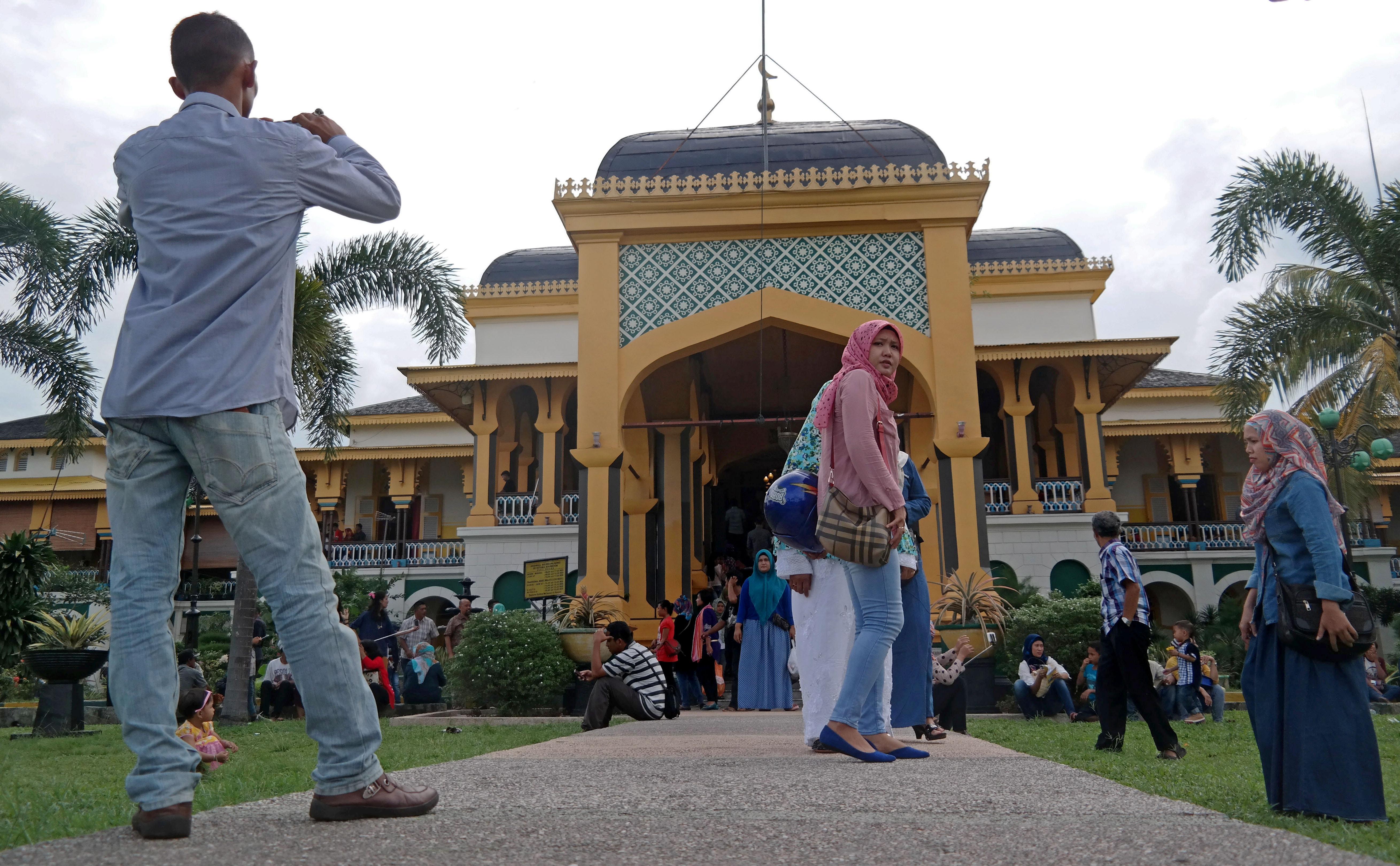 Objek Wisata Sejahtera Istana Maimun Medan Berita Daerah Kota