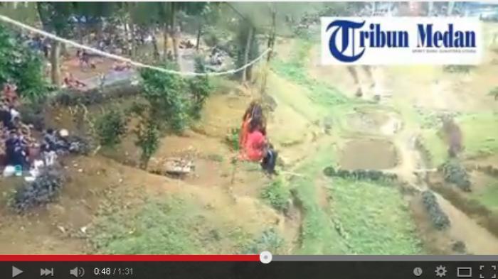Newsvideo Liburan Wulan Lebih Memilih Naik Flying Fox Tribun Medan