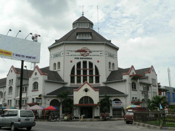 Bibin 2006 Kantor Pos Pusat Medan Dibangun 1911 Kesawan Square