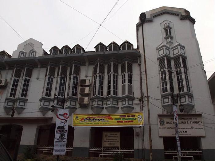 Kesawan Square Jl Ahmad Yani Medan Kota