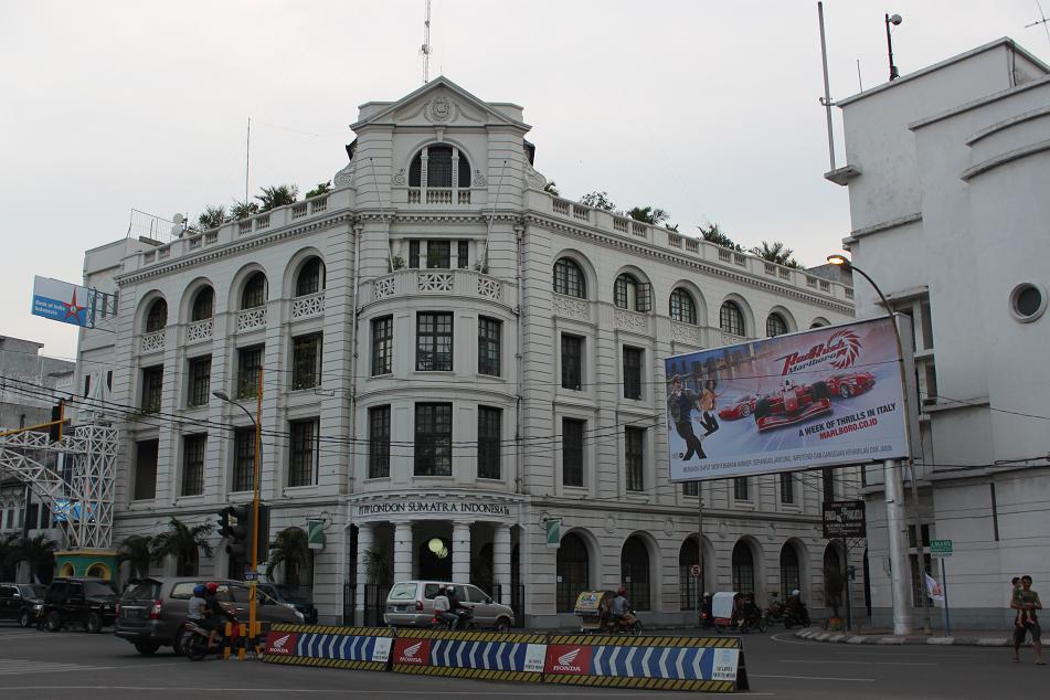 Medan Unexpectedly Interesting Amazing World Beautiful Building Corner Kesawan Square