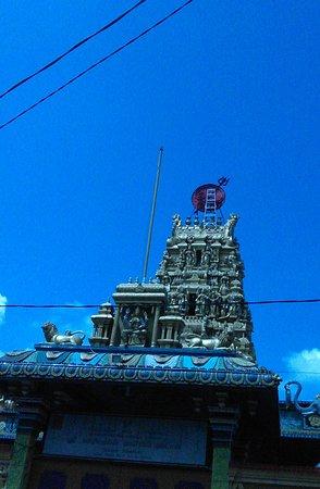 Kuil Shri Mariamman Jalan Zainul Arifin Medan Foto Kota