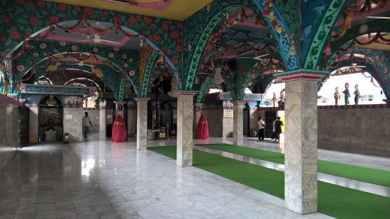 Kuil Shri Mariamman Kampung Madras Medan Picture Tengah Kota Temple
