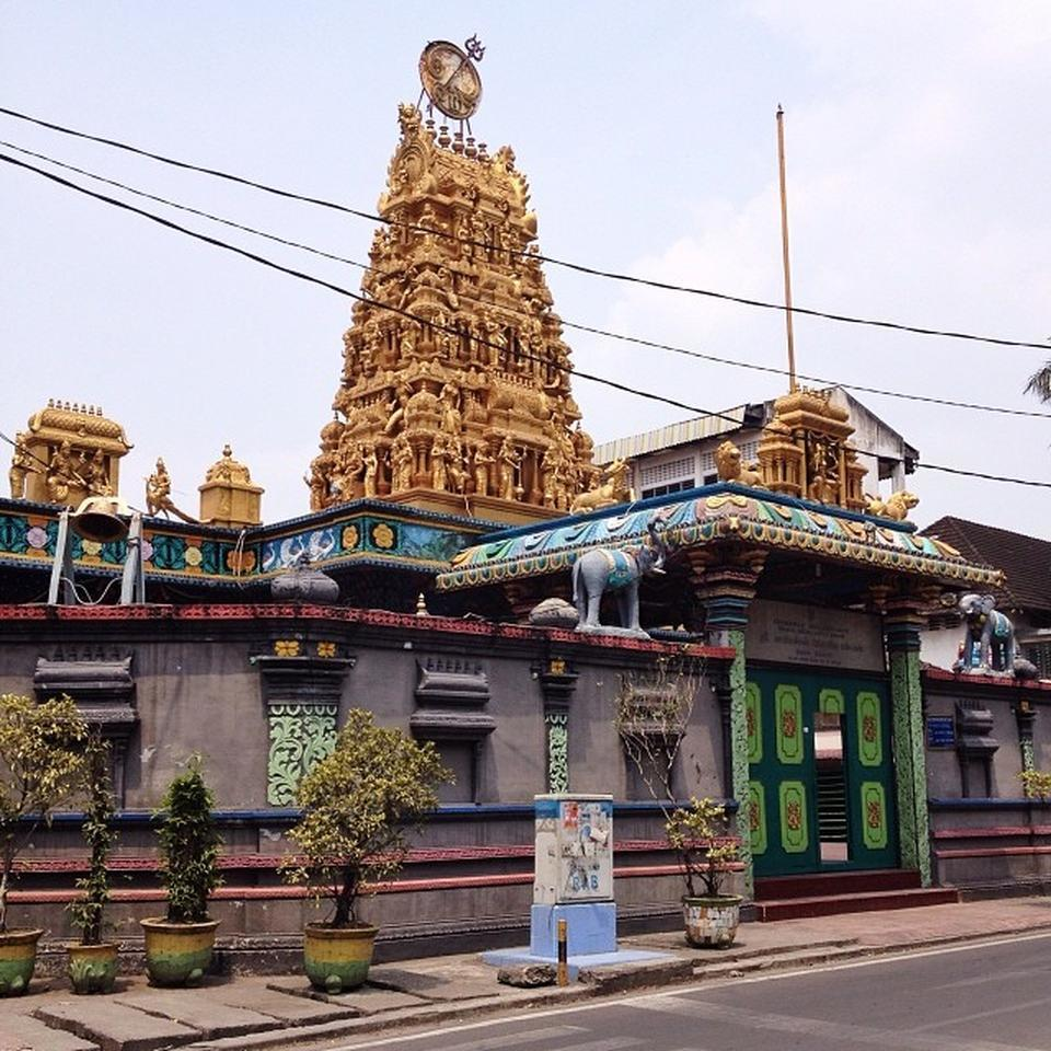 Kuil Shri Mariamman Medan Attraction Indonesia Justgola Copy Ivan Henares