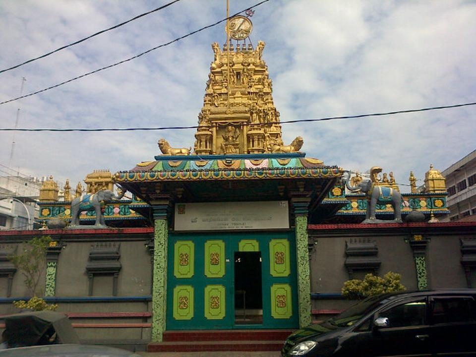 Kuil Shri Mariamman Medan Attraction Indonesia Justgola Copy Sanjayvarman Ravindran