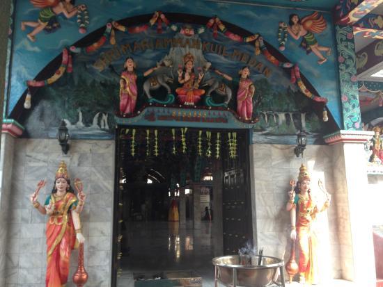 Kuil Shri Mariamman Picture Temple Medan Pintu Masuk Kota