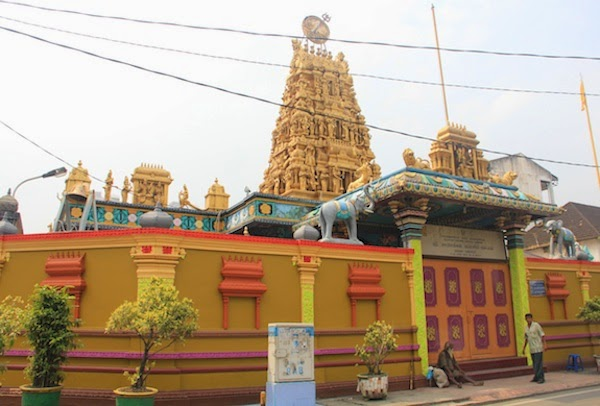 Nikmatnya Wisata Keliling Medan Sehari Mhm Asia Kuil Hindu Shri