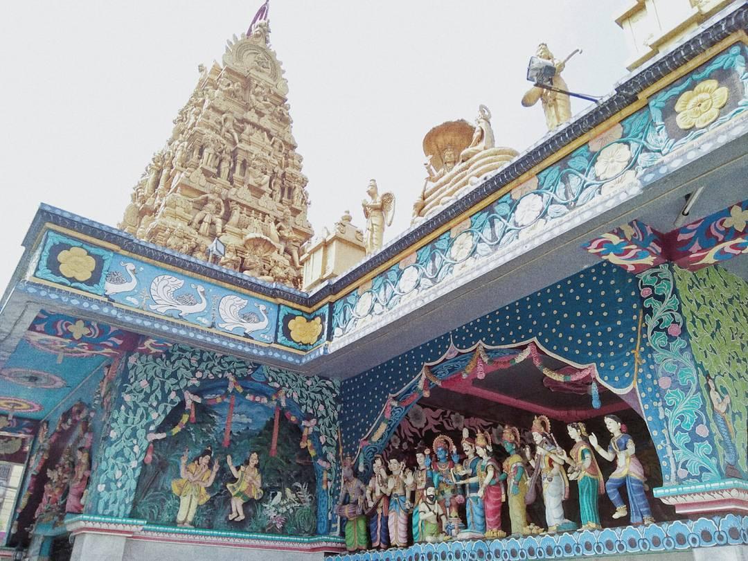 Objek Wisata Sumatera Utara Travel Ruang Media Kuil Shri Mariamman