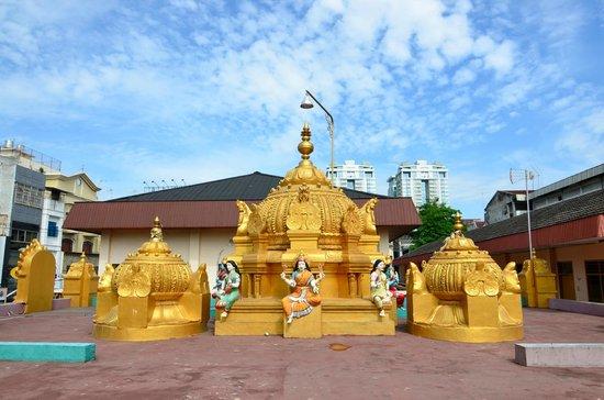 Temple Picture Shri Mariamman Medan Tripadvisor Roof Structure Kuil Kota