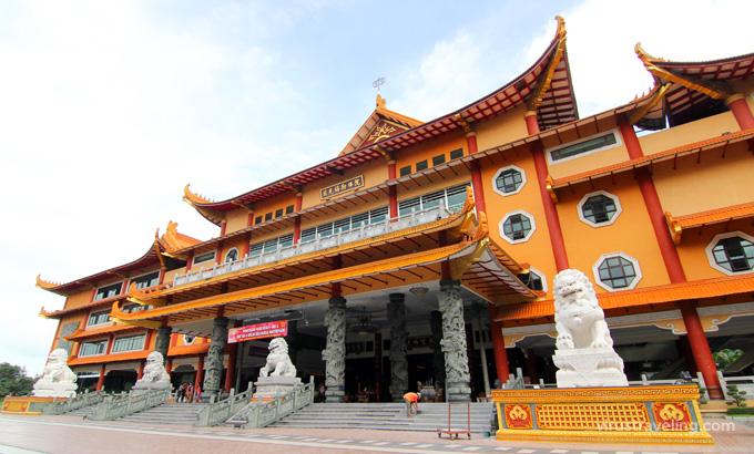 Belajar Harmonis Maha Vihara Maitreya Kota Medan