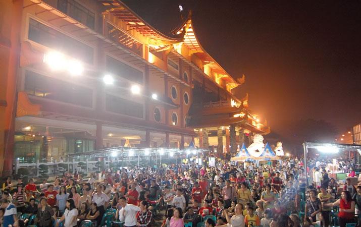 Berita Maha Vihara Maitreya Medan Harian Analisa Kota