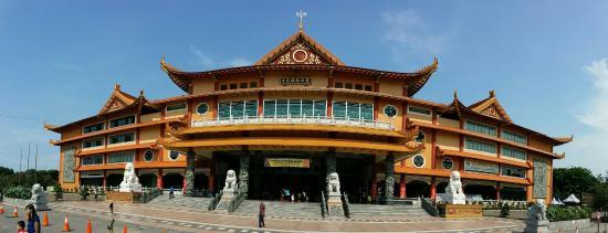 Biggest Buddhist Temple North Sumatera Picture Maha Vihara Maitreya Kota