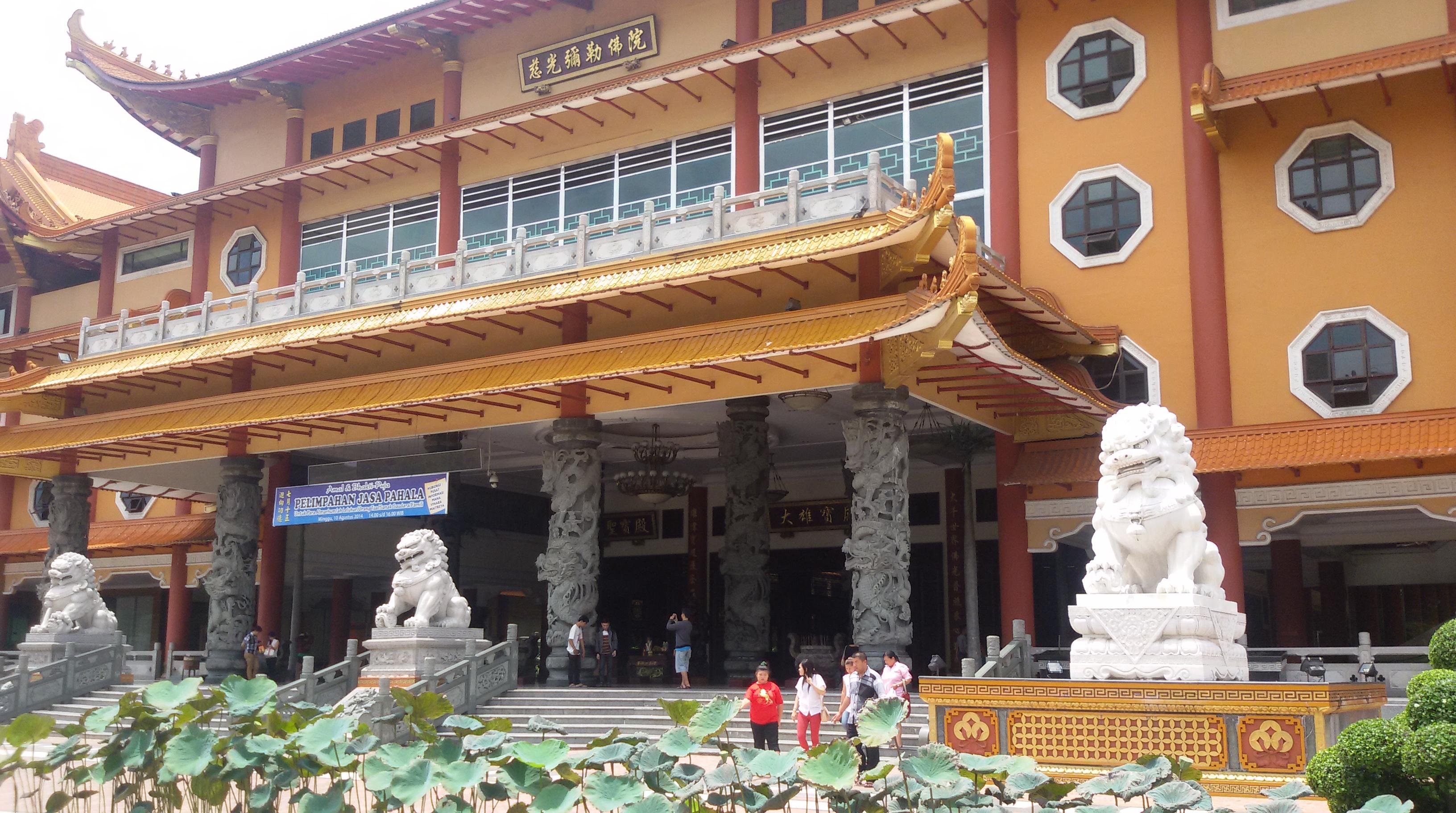 Eksplor Medan Bagian 2 Mengunjungi Maha Vihara Maitreya Kota